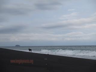 Tempat Wisata Pantai Yeh Malet