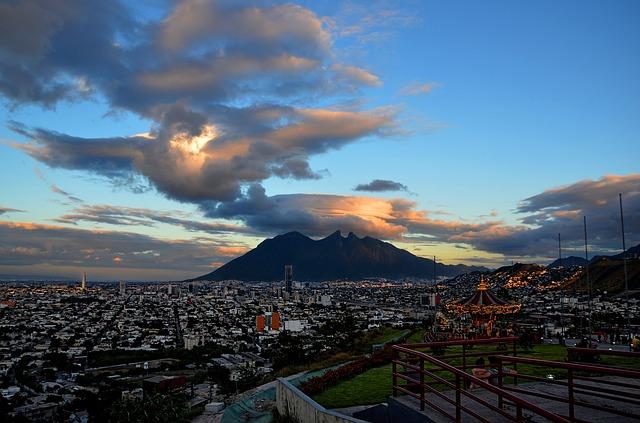 getaways for couples in Monterrey