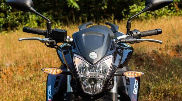 Benelli TNT600i Photos Gallery