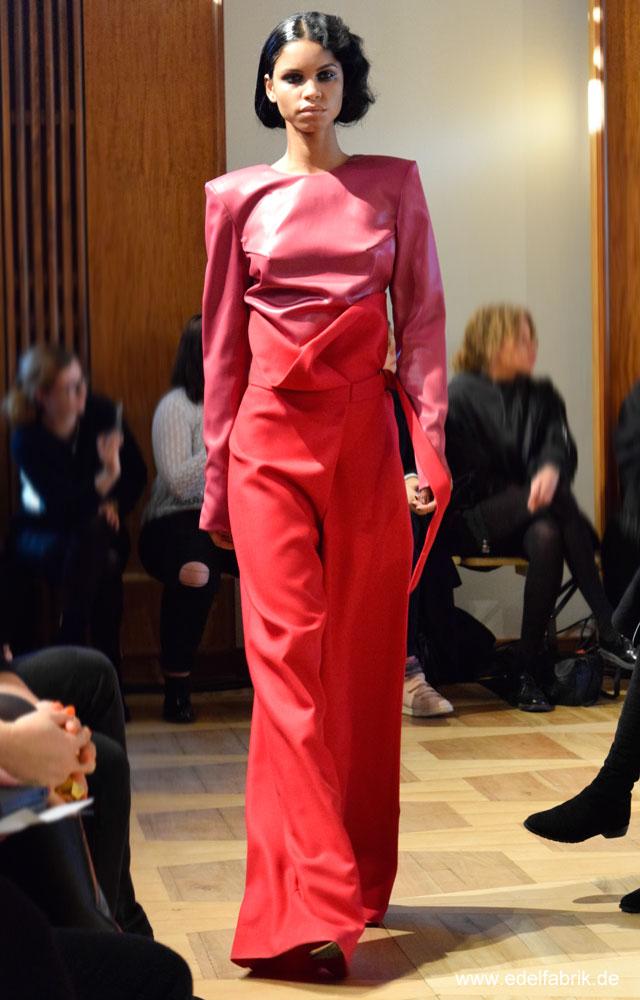 Antonia Goy, Alien Nation, Fashionweek Berlin, Januar 2017, starke Farben