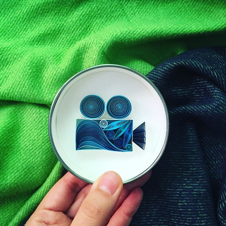 12-Video-Camera-Sena-Runa-Beautiful-Designs-Accomplished-with-Paper-Quilling-Art-www-designstack-co
