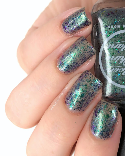 Moon Shine Mani Gators Beneath the City 25 Sweetpeas