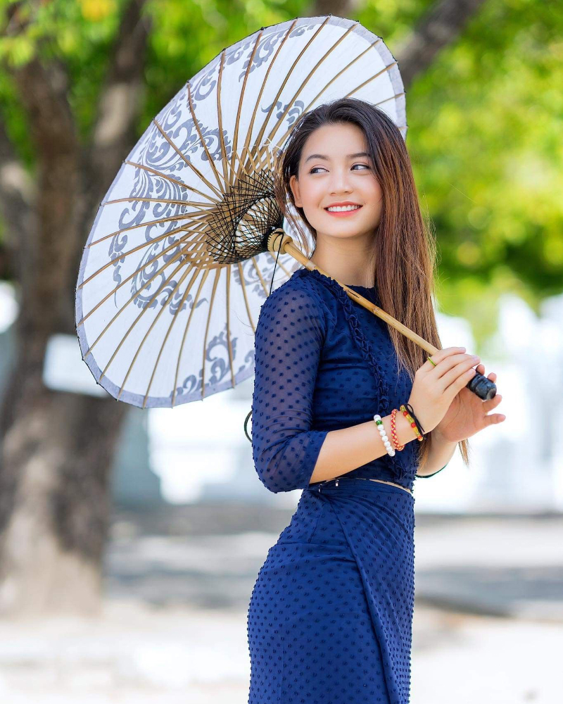 cewek manis dna seksi Vietnam Khin Wint Wah