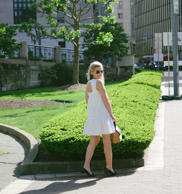 Gorgeous White Dresses for Special Occasions