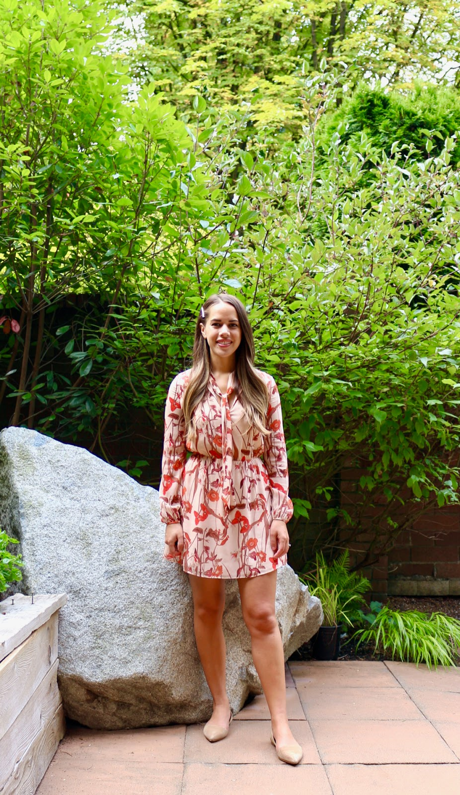 Jules in Flats -Aritzia Tie Neck Floral Dress (Business Casual Spring Workwear on a Budget)