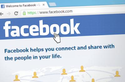 facebook sebagai sosial media untuk lelang action figure