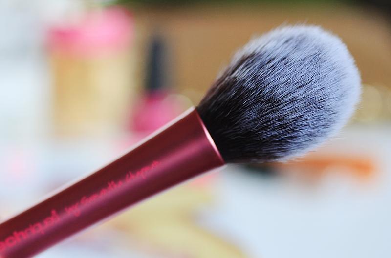 real techniques blush brush reiew