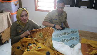 Peningkata Pelatihan Untuk Warga Kriyan Sebagai Upaya Memajukan  Kampung Batik Pewarna Alami Yang Terdepan