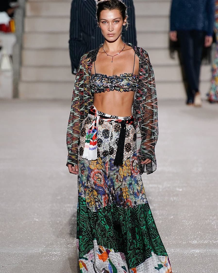 Bella Hadid Bares Her Abs on Missoni Runway!