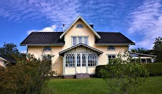 desain-rumah-kayu-mewah.jpg