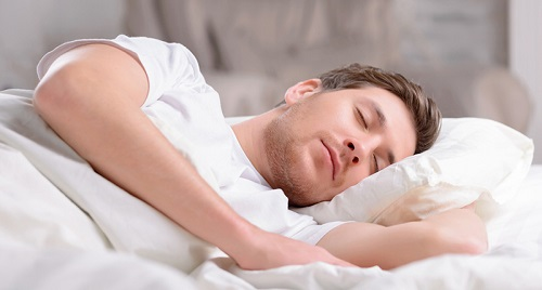 Types of eating that helps deep sleep