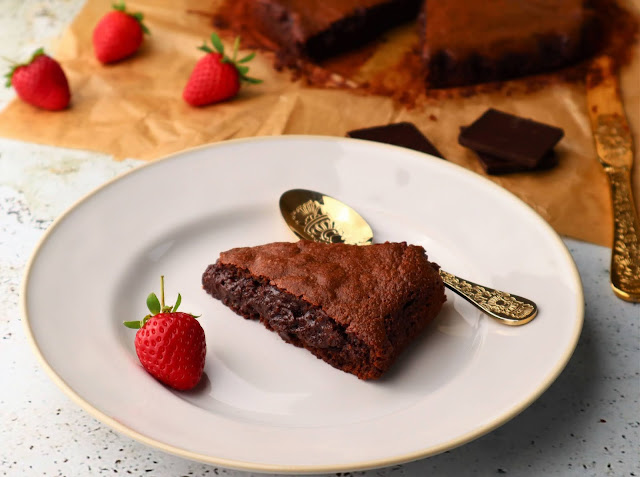 Bolo de Chocolate, Aveia e Laranja