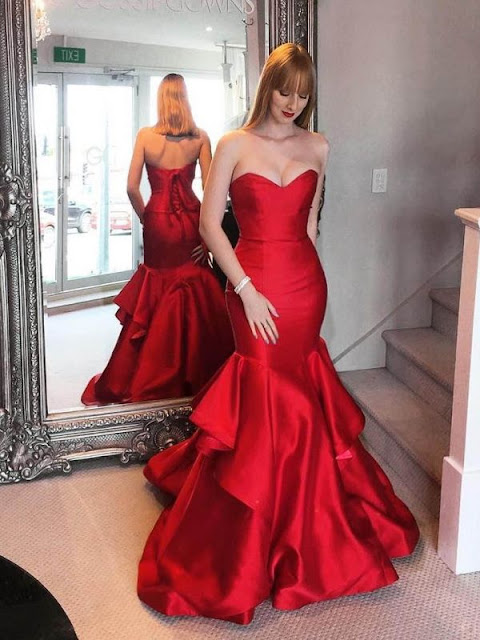Choose a Sexy Red Prom Dress for the Prom Night