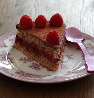 dacquoise amandes , ganache chocolat , dessert facile , framboises , Pâques