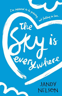 https://www.goodreads.com/book/show/23573399-the-sky-is-everywhere