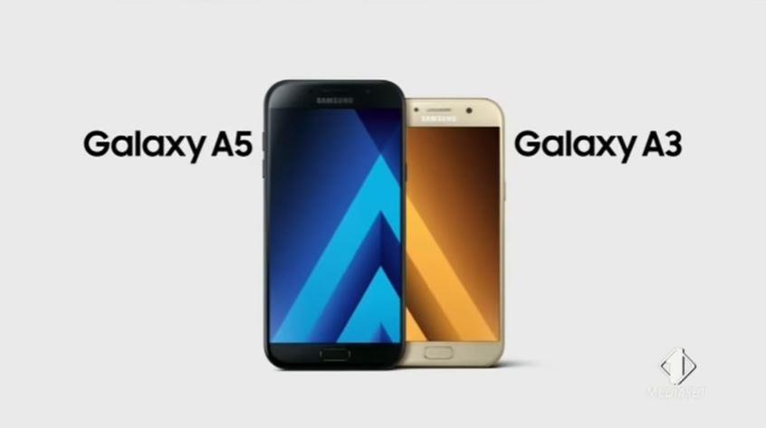 Modello e modella Samsung pubblicità Galaxy A3-A5 con Foto - Testimonial Spot Pubblicitario Samsung 2017