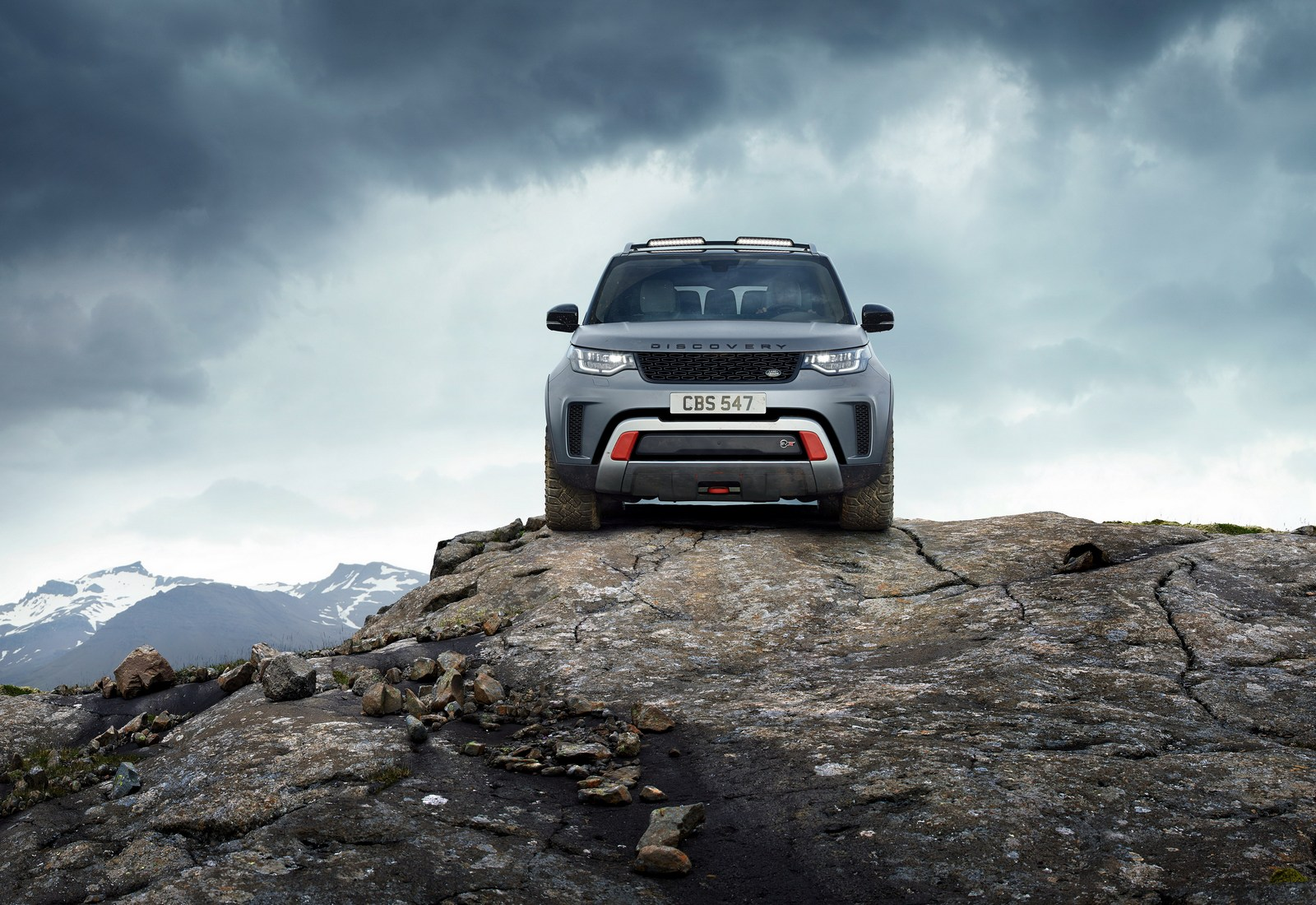 2016 - [Land Rover] Discovery V - Page 6 Land-Rover-Discovery-SVX-6