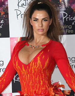 Katie Price Deep Cleavage Show