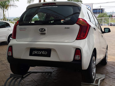 KIA Picanto rear taillight picture