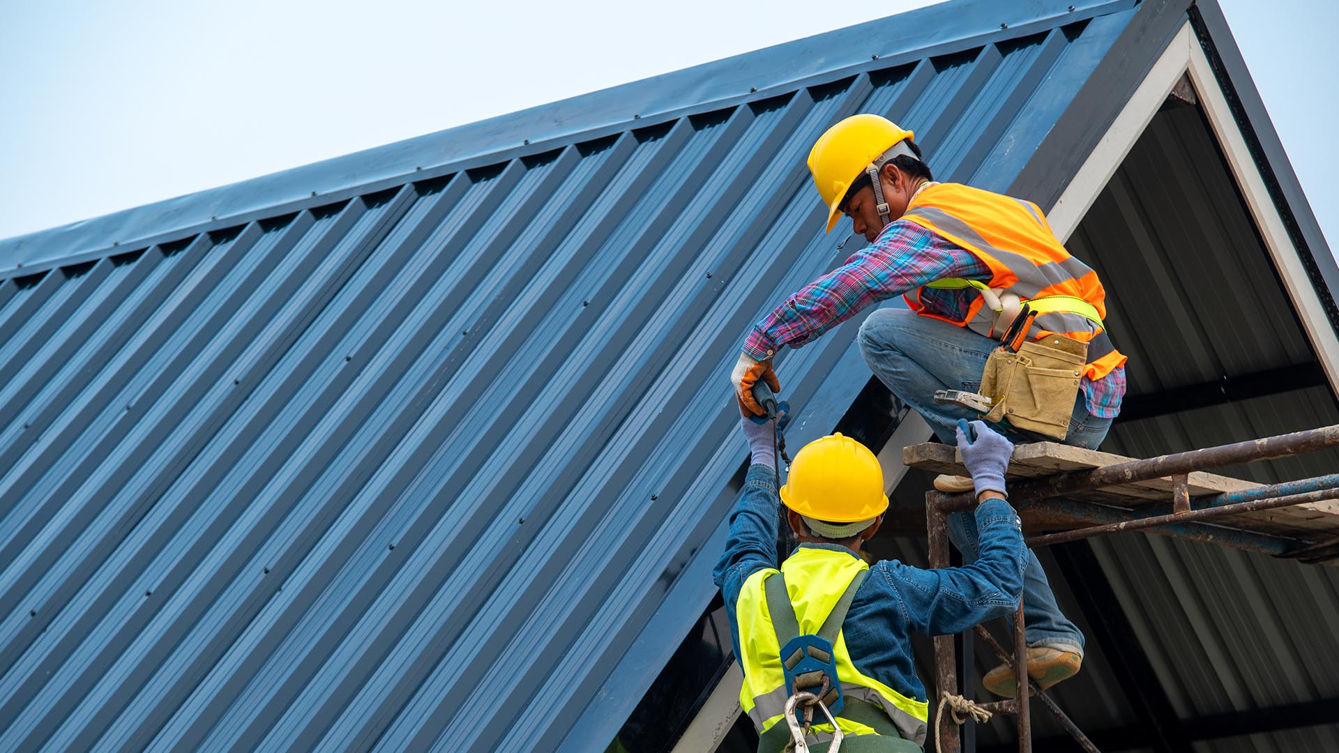roofing contractor in Newcastle