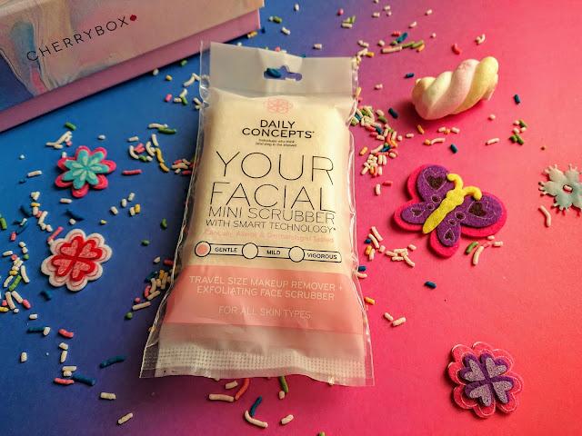 Daily Concepts - Facial Scrubber