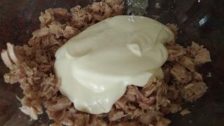 Atún con mayonesa