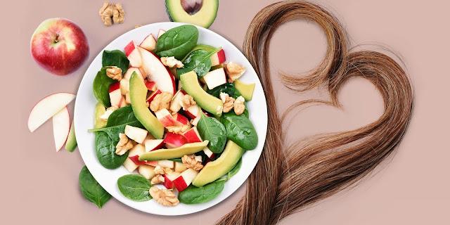 11 طعاماً تمنع تساقط الشعر
