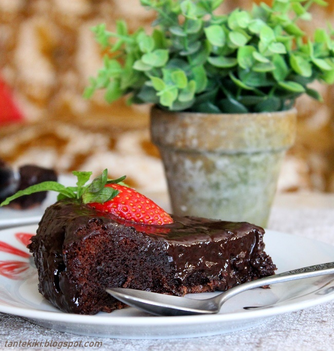 Η σοκολατόπιτα της καρδιάς μας