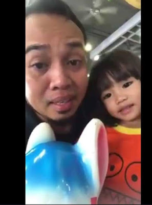 Video Sedih Seorang Ayah Memberi Pesanan Kepada Anak Kecilnya Seolah Olah Dia Tahu Dia Akan Pergi
