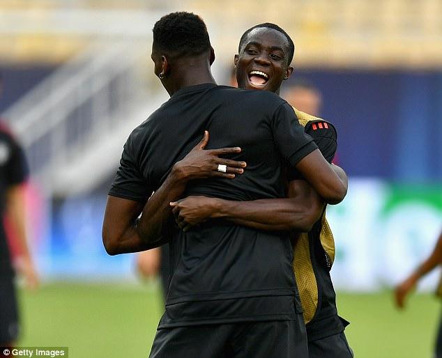 Mourinho đăm chiêu, Lukaku toe toét trước đại chiến 7