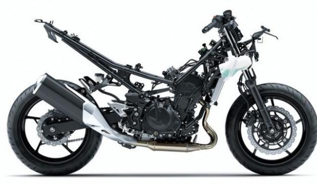 Ternyata design rangka All New Ninja 250 fi MY 2018 ternyata hampir sama dengan design rangka Honda CB150R street fire