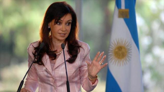 Fernández denuncia irregularidades en investigaciones sobre AMIA