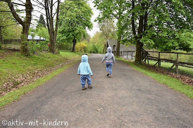 Ein Besuch im Wild- und Wanderpark Weiskirchen - auf Kinderart. Mit 4 Tipps, wie jeder Ausflug mit Kindern garantiert zum Erlebnis wird!