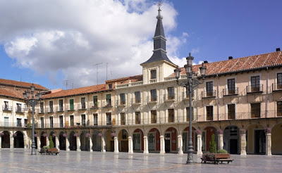 La Plaza Mayor de León