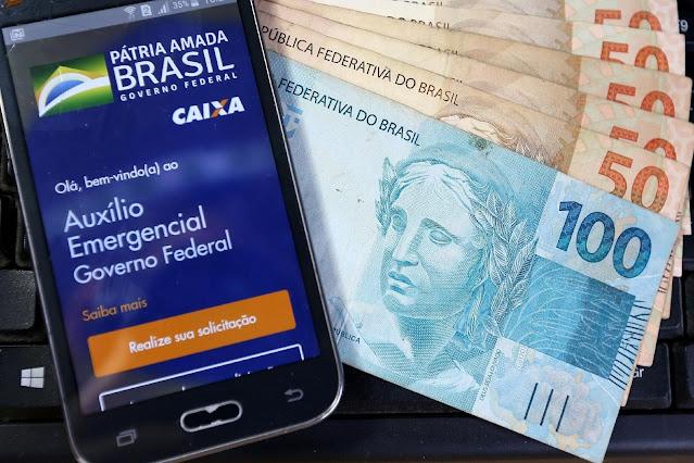 Auxílio Emergencial: Caixa paga benefício a 5,4 milhões nesta sexta