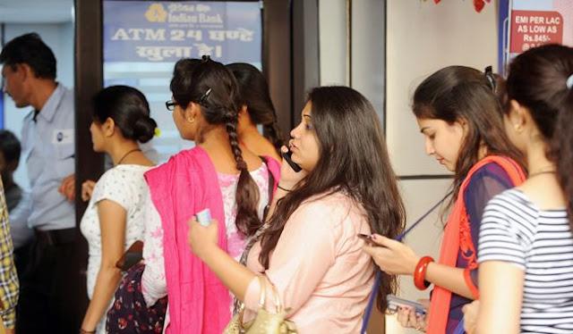 ATM से 10 हजार रुपये निकालने हैं तो अब जरूरी होगा OTP - newsonfloor.com