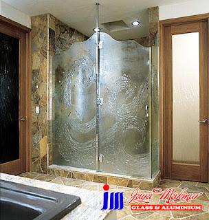Shower Glass By Jaya Makmur