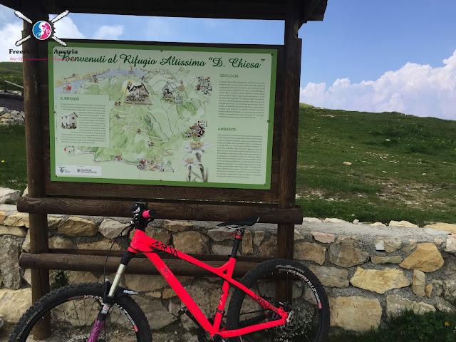 Mountainbike Tour zum Gipfel des Altissimo