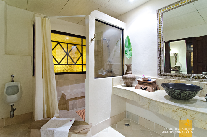 Yaang Come Village Chiang Mai Toilet and Bath