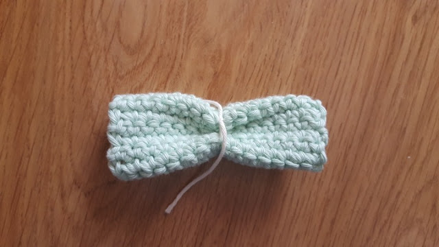 DIY easy crochet bows tutorial