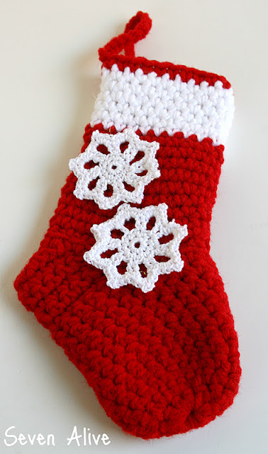 Easy Crochet Snowflake Pattern & Winter Projects with My Favorite Bloggers