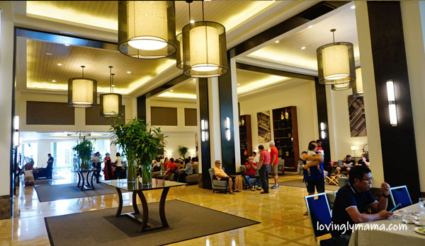 Seda Ayala Center Cebu review, Seda Hotel Cebu Location, Seda Hotel Cebu Buffet, Seda Hotel Cebu Contact number, Seda Cebu contact number, Seda Hotel Cebu Room Rates, Misto Seda Cebu, Seda Cebu breakfast buffet, Seda Ayala Center Cebu Philippines, Cebu hotel, Philippine hotel, Seda Ayala Center buffet, Seda Ayala Center club lounge, Seda Ayala Center Cebu club lounge, Seda Ayala Center Cebu promo, Seda hotel Cebu promo rates, Bacolod City, family travel, family staycation, swimming, Seda Ayala Center Cebu amenities, Seda Ayala Center Cebu service - Bacolod mommy blogger - Bacolod blogger - lobby