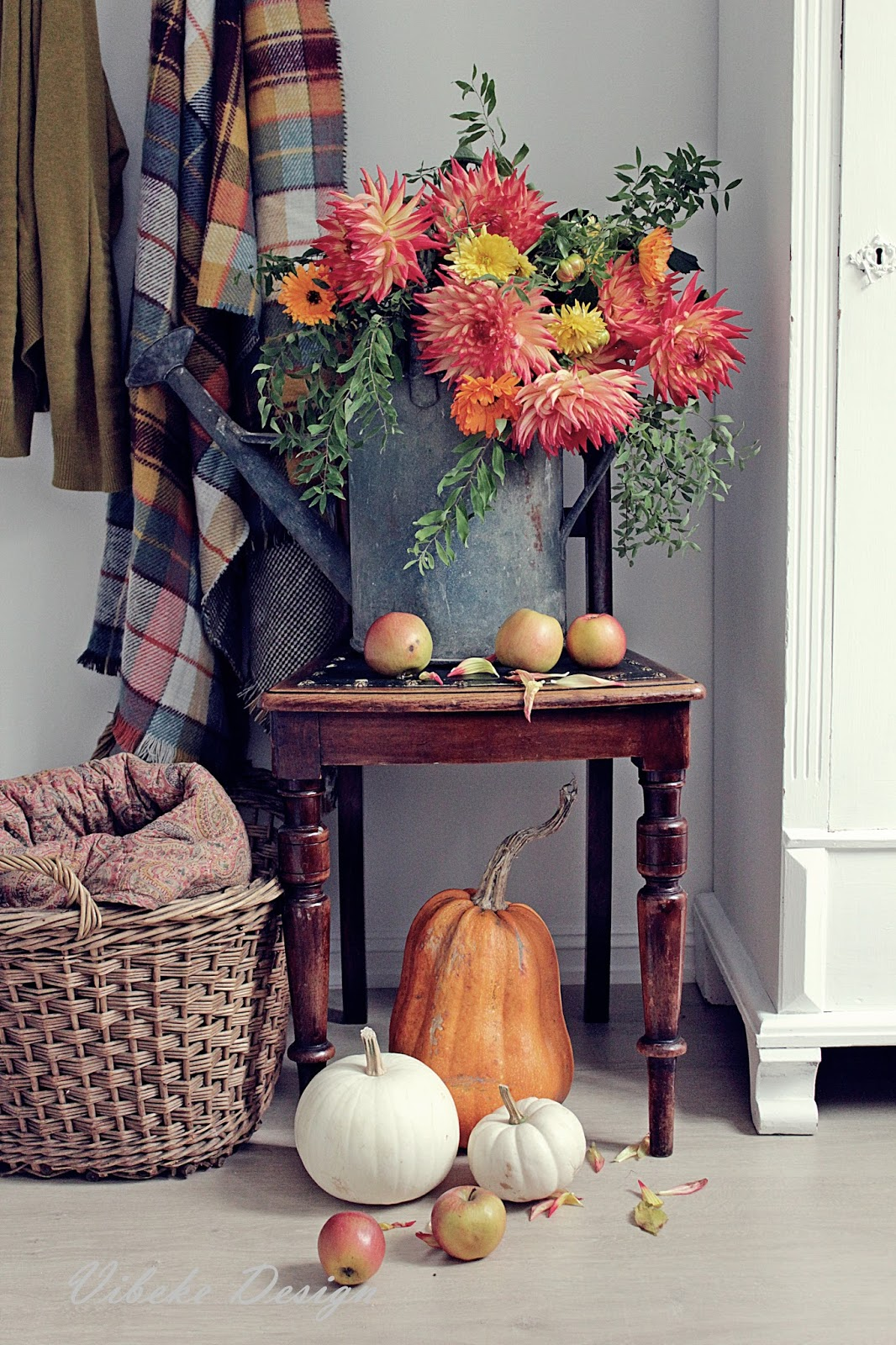 Beautiful fall vignette with vintage and natural decor