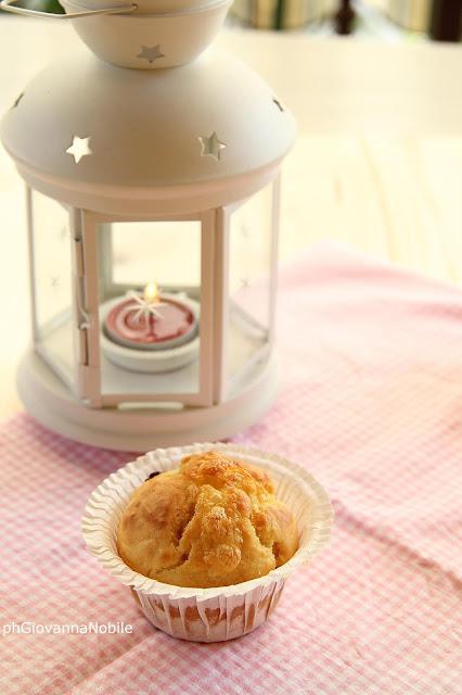 Muffin con mirtilli e formaggio dolce