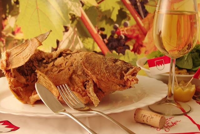 Gebackener Karpfen - dazu passt ein selbstgebrautes Frankenbier © Copyright Bad Windsheim/Tourismusverband Steigerwald