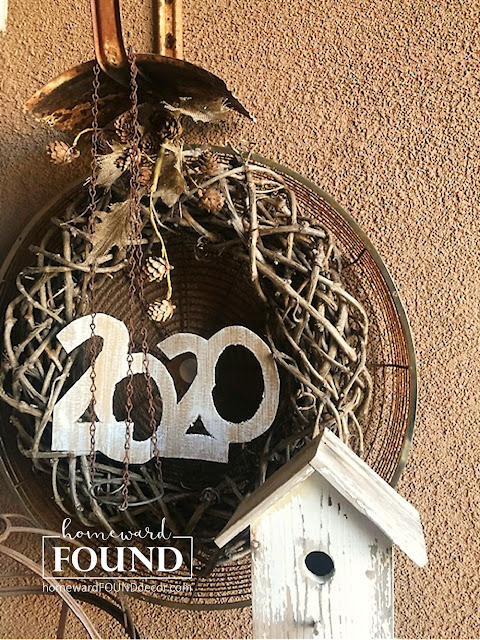 rusty, metal, junk, junking, diy decor, home decor, thrifted, repurposed, upcycled, salvaged, junk wreath, 2020, new year decor