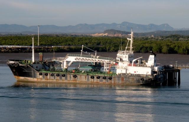 Piratas exigem resgate por navio sequestrado dos Emirados Árabes Unidos, diz a força naval do EAU