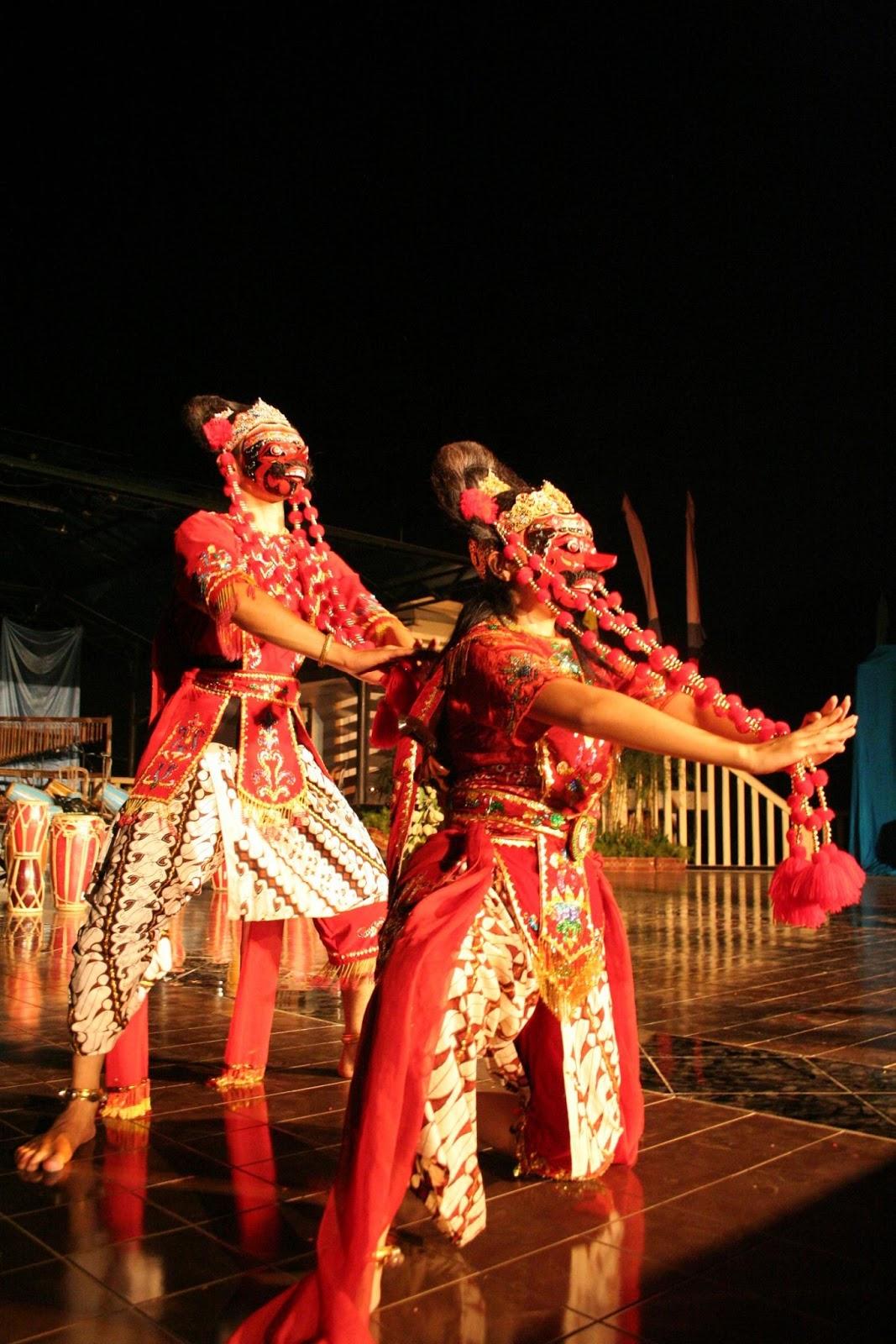 Topeng Dance | Culture of Cirebon
