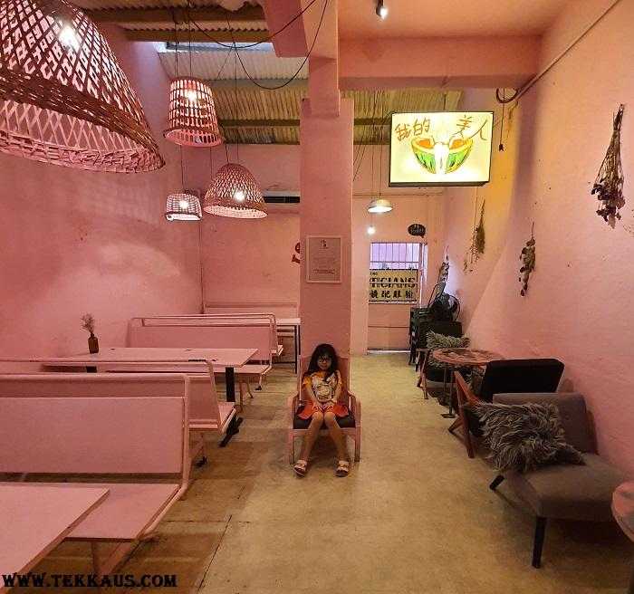 Pik Nik Beautiful Cafe In Penang