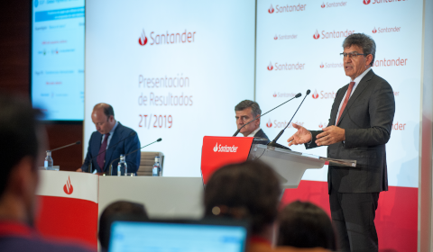 Présentation de résultats de Santander